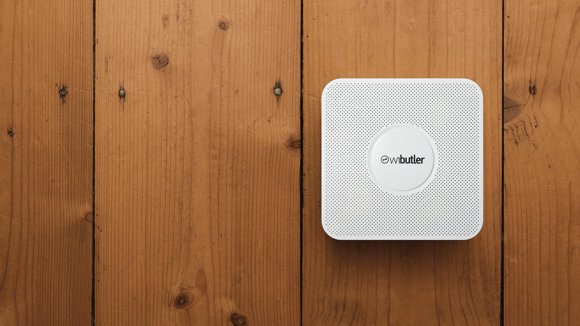 Klein, smart, schick und hochintelligent: Der WiButler Pro von iExergy ist der Dolmetscher für das vernetzte Zuhause.