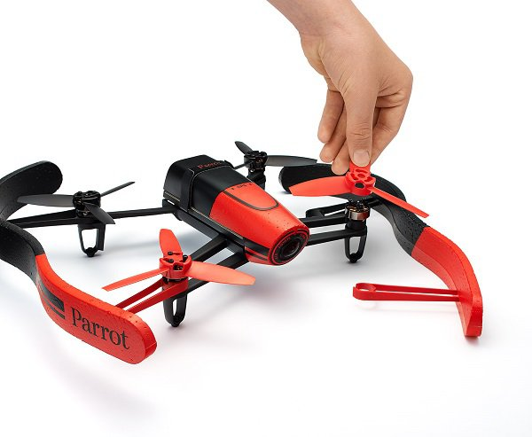 parrot-bebop-drone-new-07-optim.jpg.600x2000_q85
